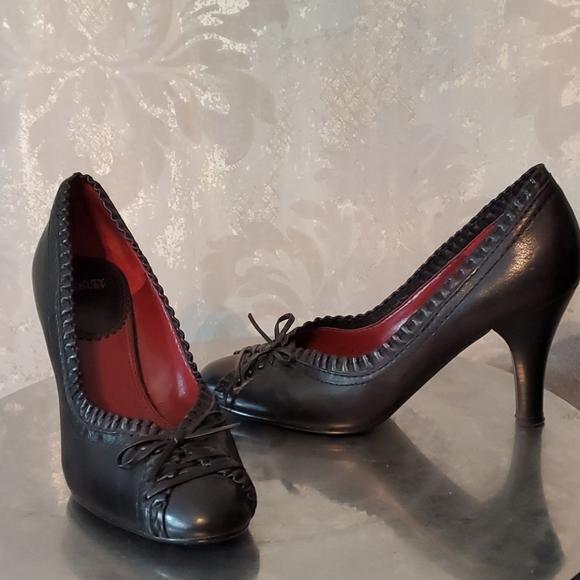 Hilary Radley Black leather high heels shoes 7.5